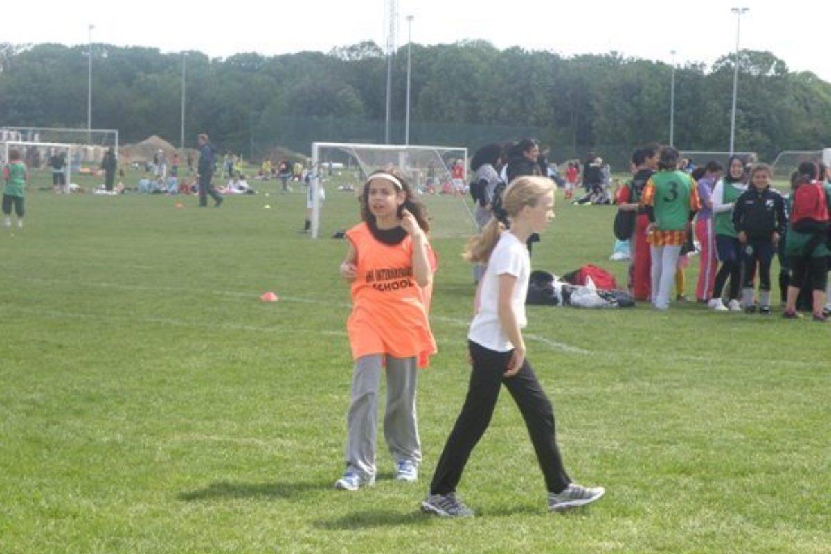 20090603_fodbold_piger_009